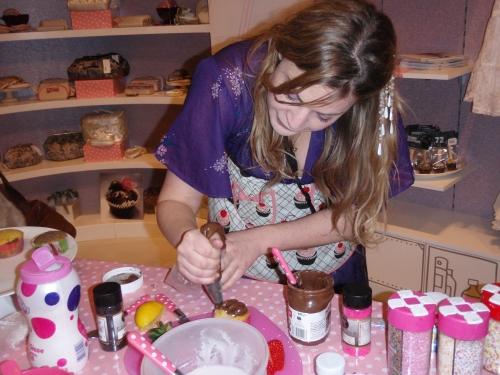Chloes pimp my cupcake.JPG