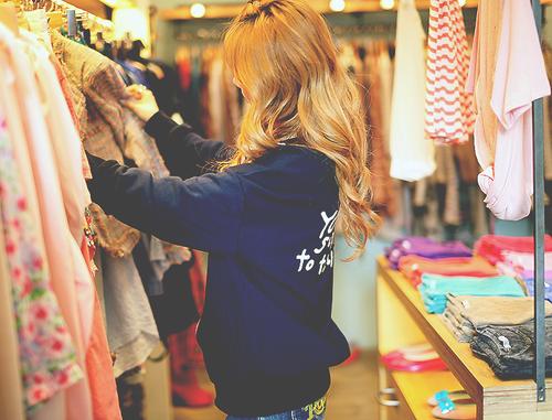 bon plan ventes privées,bon tuyau ventes privées,bon plan braderies mode,bon tuyau braderies mode,little fashion gallery,maje,adele sand,vente créateurs ni une ni deux,vide-dressing,galerie simone