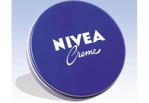 rihanna,nivea,centième anniversaire de nivéa